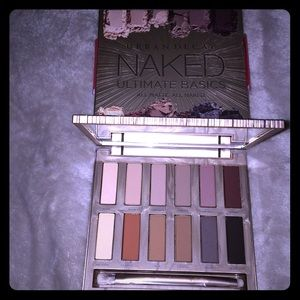 ✨NEW Urban Decay Naked Ultimate Basics Palette✨